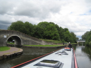 Turning onto the Staffordshire and Worcester canal