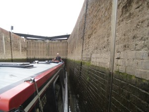 The Severn locks have steel cables running vertically up the sides for tying up to